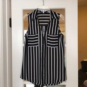 Short sleeve Express Portofino button down blouse